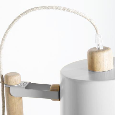 Luminaire - lampadaire. Fabrication française.
